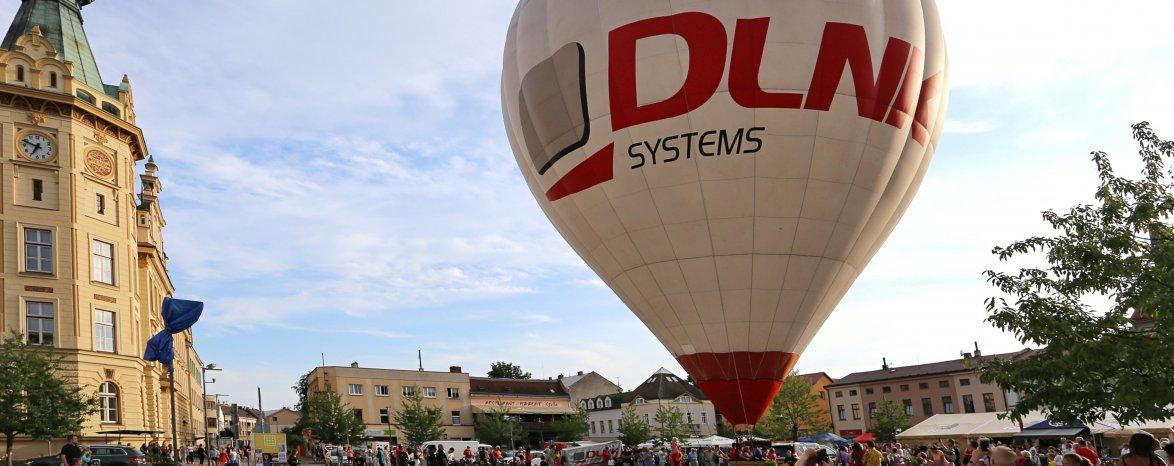 Start balónu z náměstí