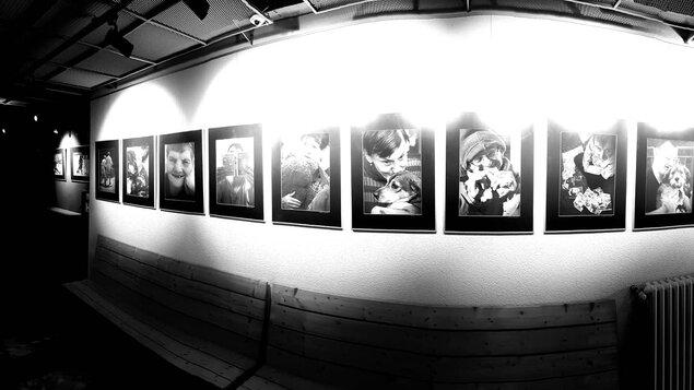 Tam na druhém břehu - fotografická výstava