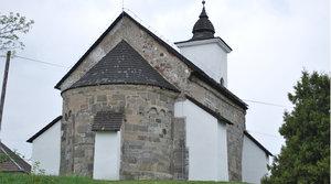 Románsky kostolík v Kalinčiakove