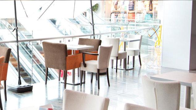In Cafe