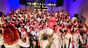 Sezimák zpívá gospel a slavnostní nasvícení města