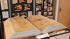 Na výstavě je k vidění i unikátní maketa Ďáblovy bible