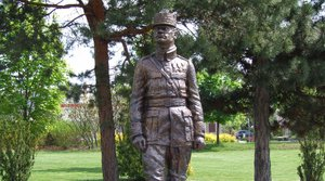 Statue of General M. R. Štefánik