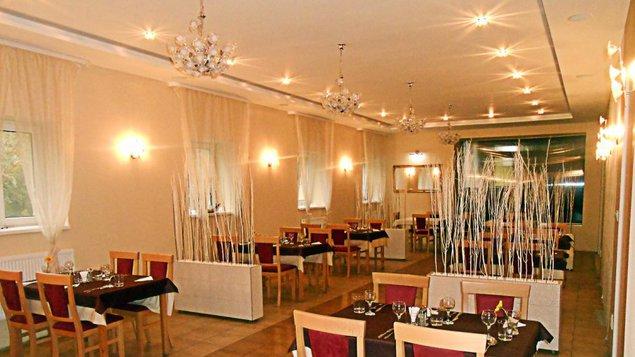 Hotel Dastan - reštaurácia