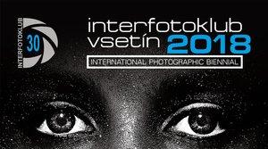 OCENĚNÉ FOTOGRAFIE INTERFOTOKLUBU VSETÍN 2018 NA ZÁMKU I V GALERII STARÁ RADNICE